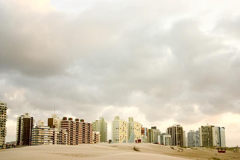 Punta del este, Uruguay, 2005 / RES